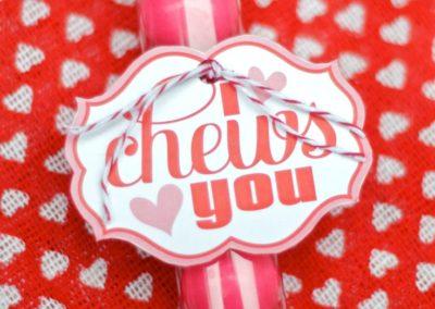 i chews you valentine
