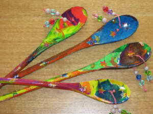 musical wooden spoons